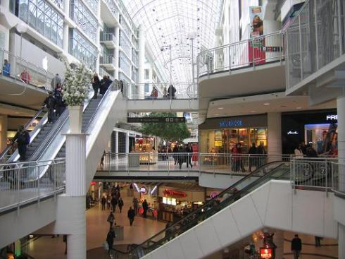 Dundas shopping centre